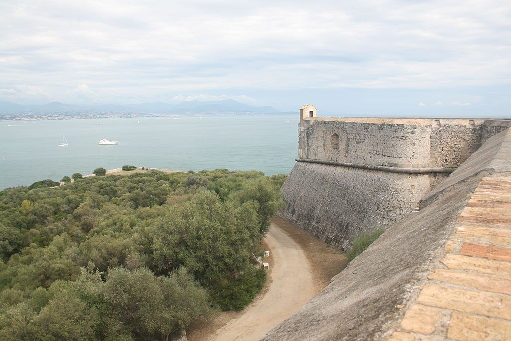 Fortifications du fort Carré